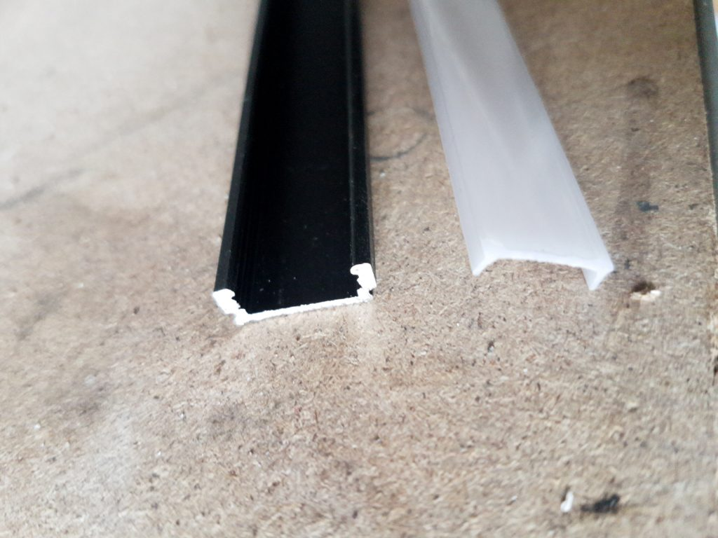 Aluminiumprofil mit diffuser Abdeckung